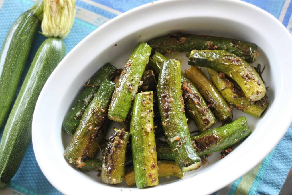 low carb garlic roasted zucchini