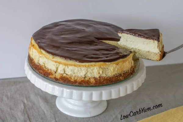 low carb boston cream cheesecake