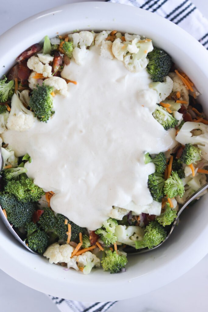 broccoli-cauliflower-bacon-mayonnaise-vinegar-salad