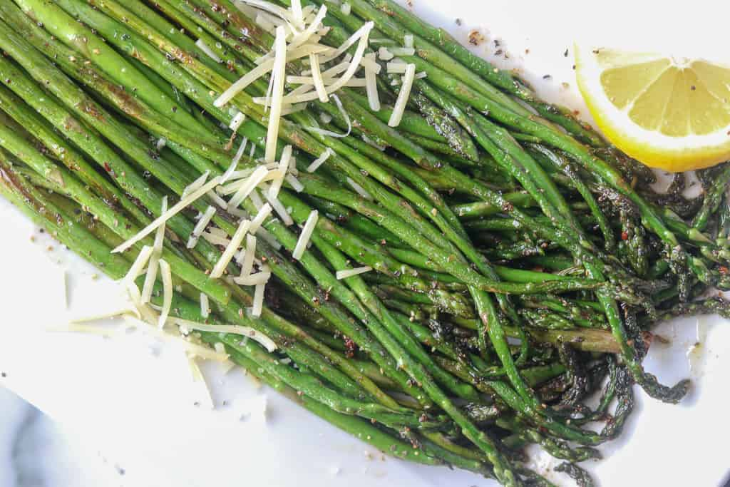pan frying asparagus