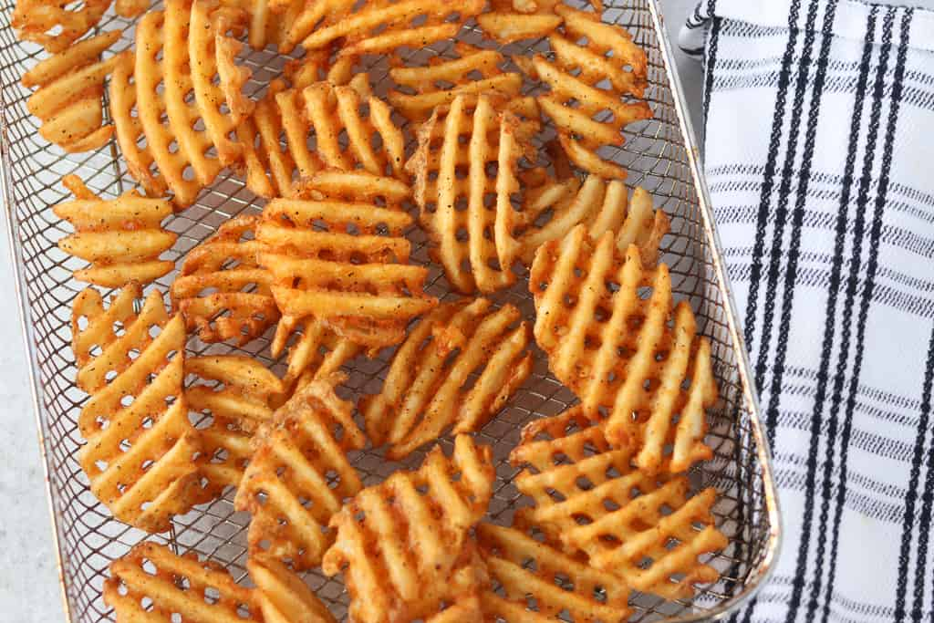 waffle fries in air fryer