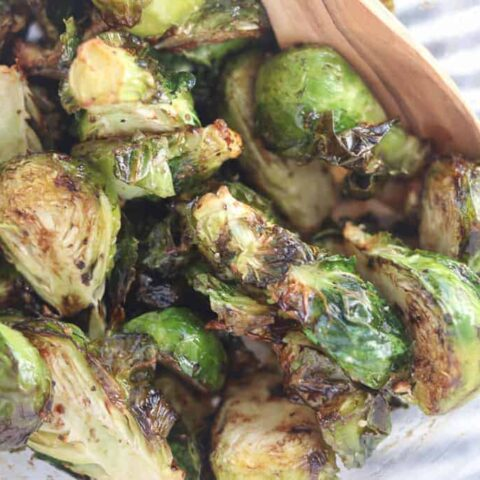 air fryer brussel sprouts in a bowl