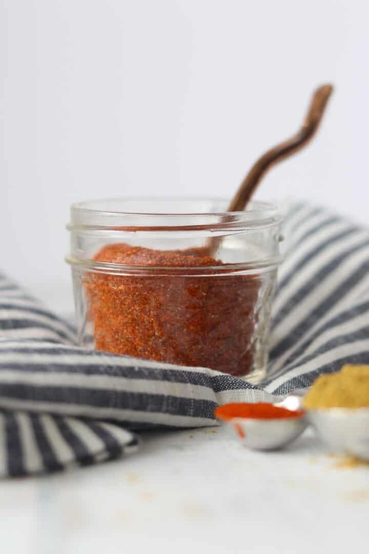 taco seasoning keto friendly in a mason jar