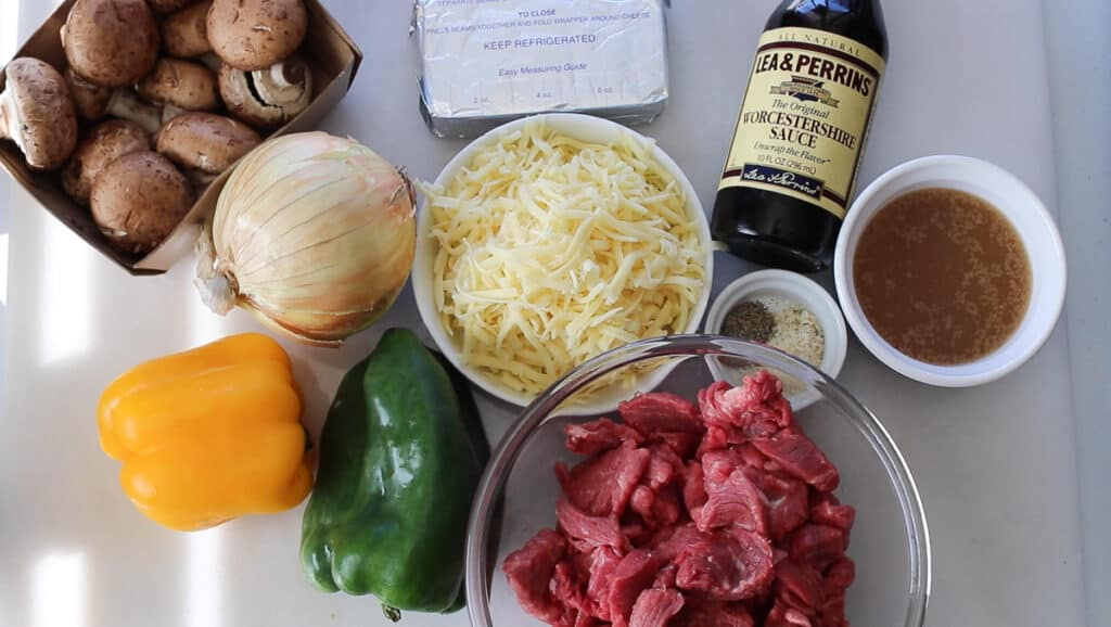 what's in a keto philly cheesesteak casserole image