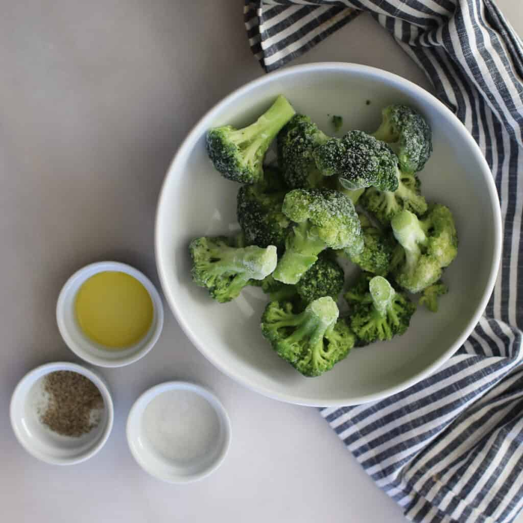 air fryer frozen broccoli with oil and parmesan ingredients