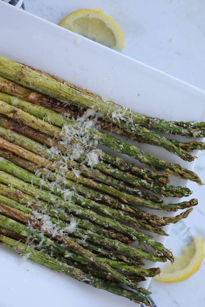 asparagus air fryer recipe with parmesan and lemon