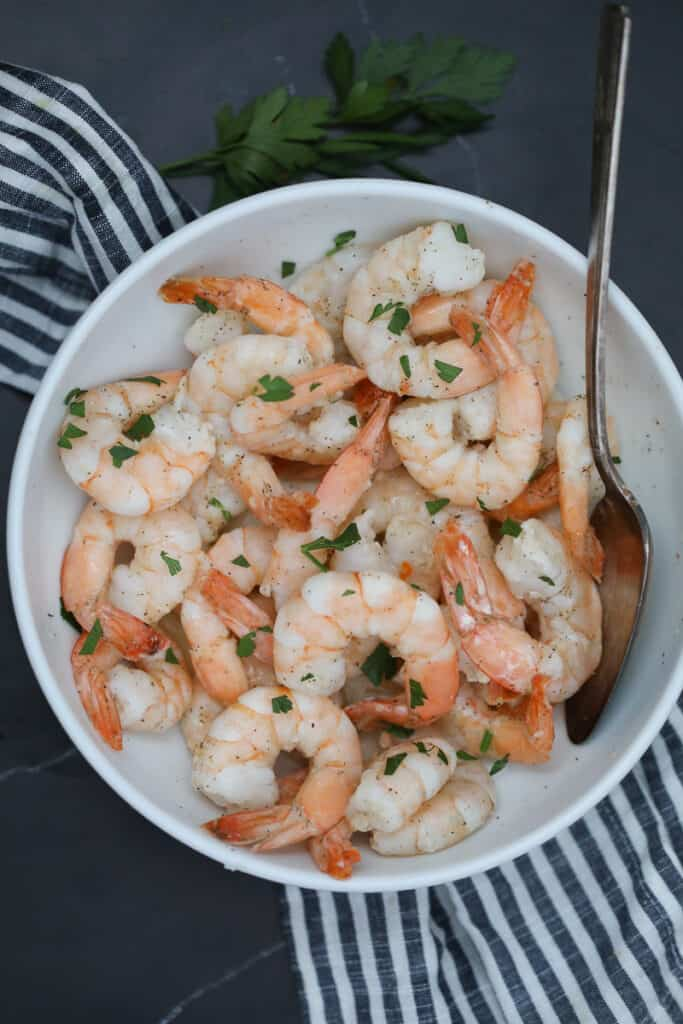 the frozen shrimp in air fryer recipe in a white bowl