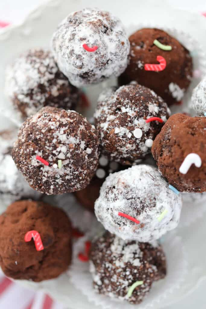 gluten free rum balls for Christmas don't have any flour